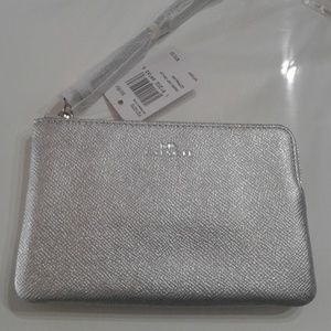 New Coach Metallic Silver Wristlet Corner Zip